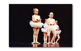petites filles danseuses classiques tutu